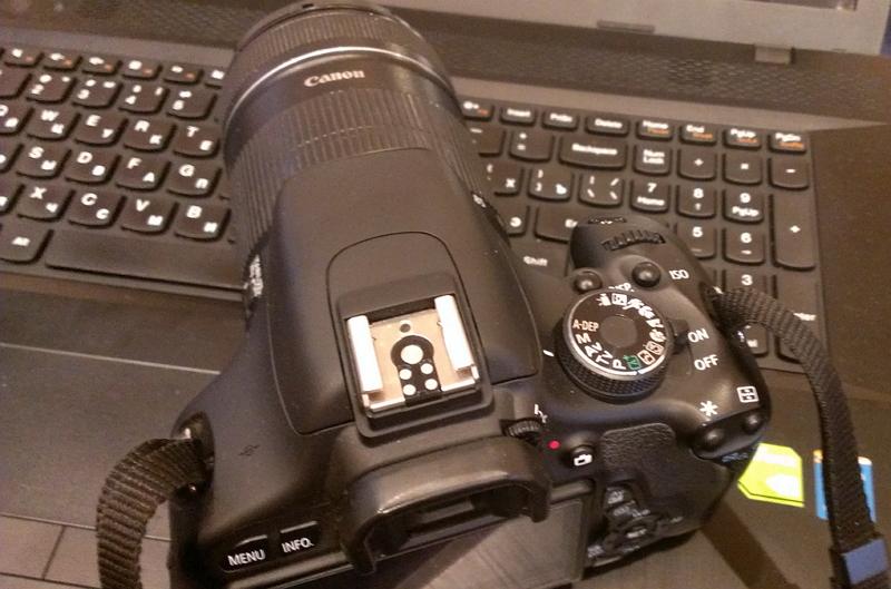 Фотоаппарат на ноутбуке