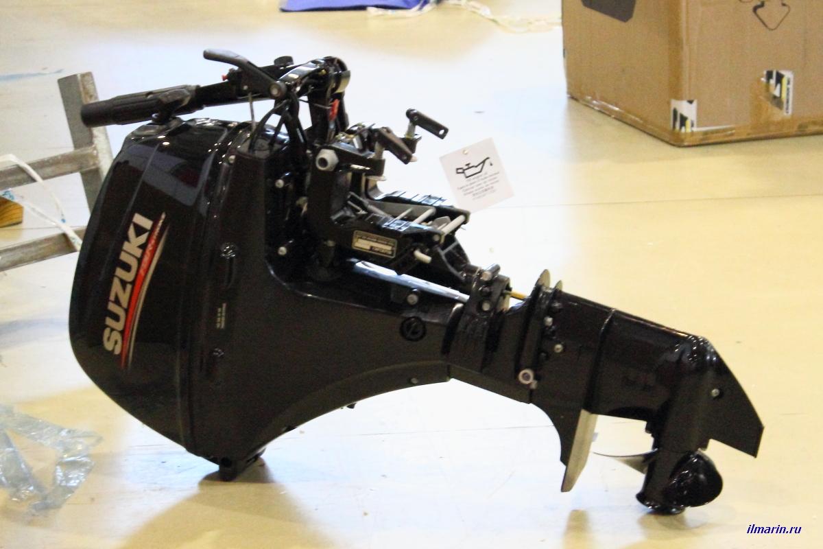 447-Лодочный мотор Suzuki
