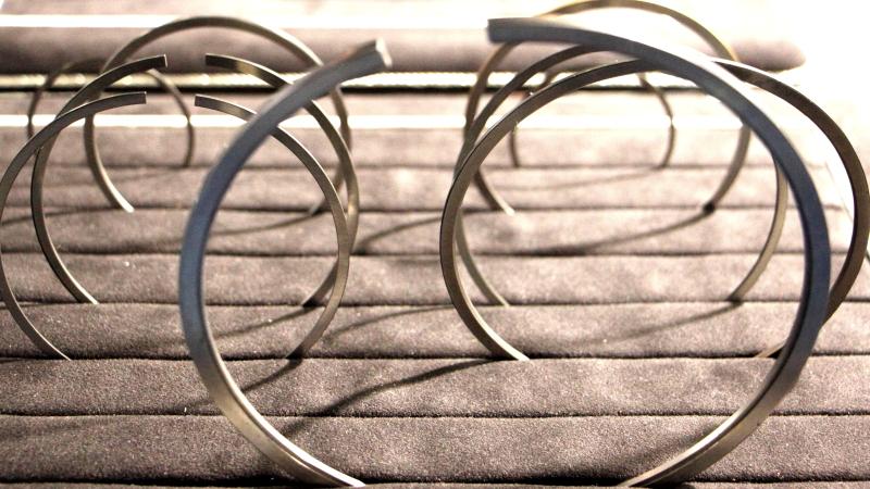 Поршневые кольца — иллюстрация к рассказу